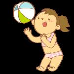 ビーチボールで遊ぶ女性
