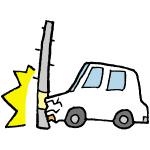 電柱にぶつかる車